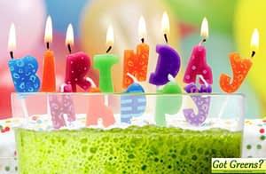 green-smoothie-birthday